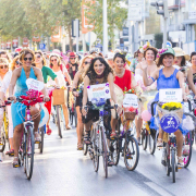 Radlerinnen beim Fancy Woman Bike Ride